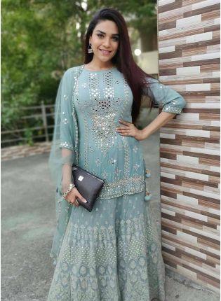 girl in Splendid Blue Salwar Suit