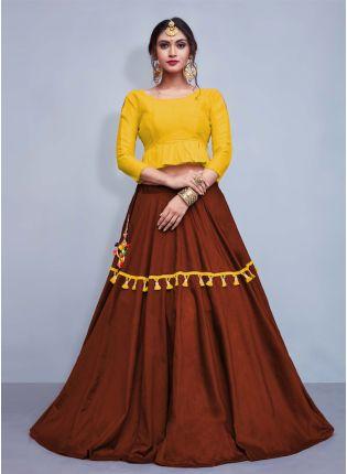 Splendid Elegance Yellow Crop Top With Tassels Decorated Brown Skirt