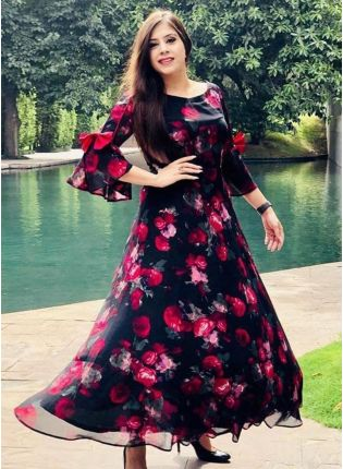 Gorgeous Look Black Color With Pink Flower Georgette Base Designer Gown