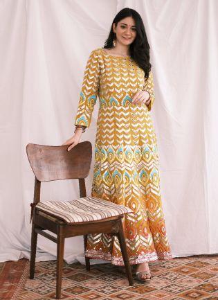 Eye-Catching Lemon Yellow Color Foil Mirror Base Length Ceremonial Palazzo Suit