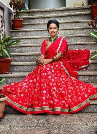 Ravishing Red Color Silk Base weddingwear Lehenga Choli