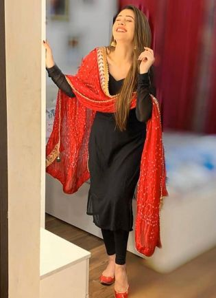 Mind-Blowing Black Georgette Base Designer Digital Printed Salwar Suit