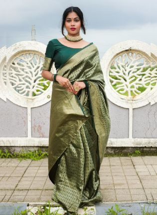 Eye-opening Green Color With Soft Silk Saree