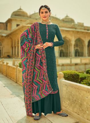 Dainty Green Color With Heavy Embroidered salwar Kameez