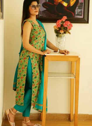 Green Digital Print And Cotton Pant Style Salwar Suit